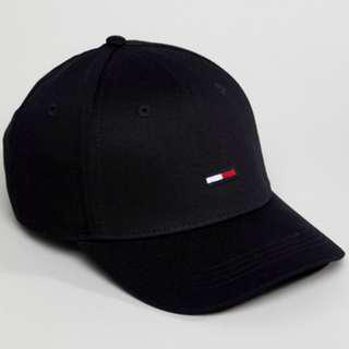 🚚 Authentic Brand New - Tommy Jeans Flag Logo Baseball Cap | Black