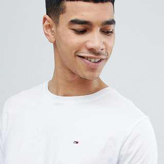 🚚 Authentic Brand New - Tommy Jeans | Crew Neck T in White