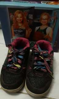 Payless shoes disney size 28.5