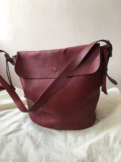 Fossil burgundy bucket bag 棗紅色水桶袋