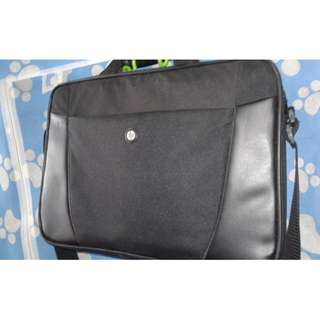 "HP Laptop Bag - 14"" to 17"" laptop can fit."