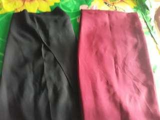 Pashmina instan hitam-merah maroon
