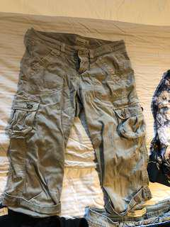 Old navy cargo 3/4 pants