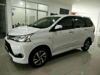 Toyota Avanza Veloz AT 2015