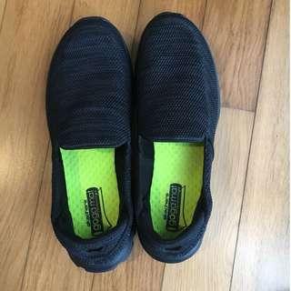 Sepatu Pria Sepatu Skechers  Go Walk 3