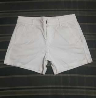 Uniqlo White Chino Shorts
