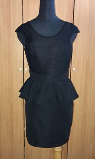 🚚 包裙洋裝