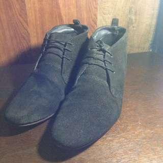 Original Black Label Homme Suede Boots