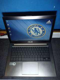 Laptop asus zenbook ux31e core i5 ram4 ssd 128