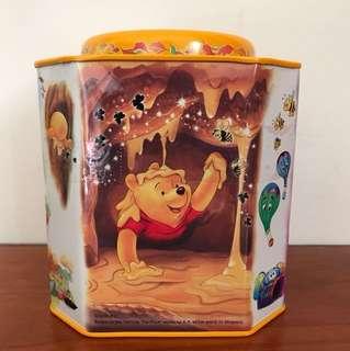 🚚 小熊維尼收納鐵盒