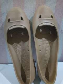 Crocs Nude Beige Shoes