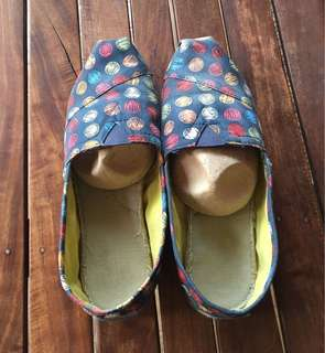 Toms Classic Hand Drawn Dots Slip-on Shoes