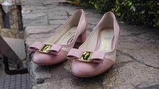 Salvatore Ferragamo shoe (worn once)