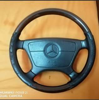 STEERING MERCEDES-BENZ