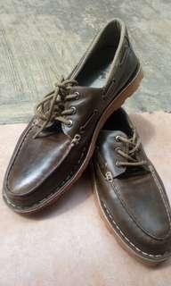 Sepatu second brended