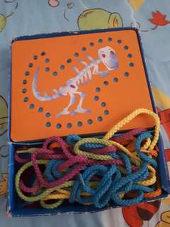 Dinosaurs lacing cards