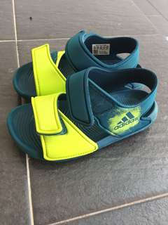 Authentic Adidas Sandals in Green