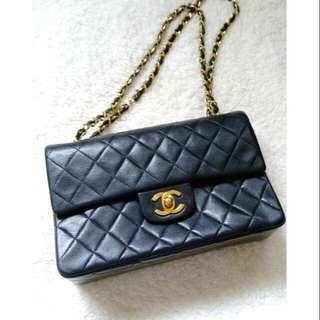 Vintage Chanel黑色羊皮金扣2.55 classic flap 23cm