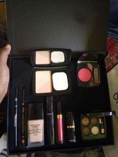SALE‼️ 1 SET MAKE UP CHANEL 9 in 1