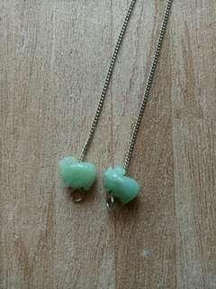 🚚 天然翡翠小🐷耳環