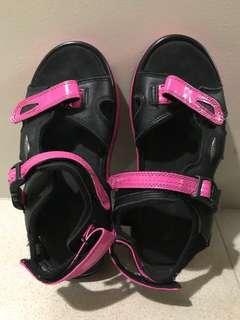 MBT kisumu pink sandals