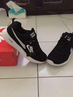 Nike Sport (Titipan Teman Bantu Jual Barang New)