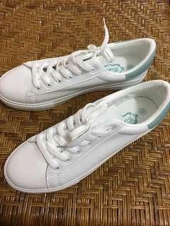 🚚 全新 女白鞋