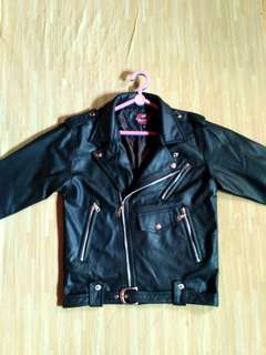 Jaket kulit semi model cangcuters