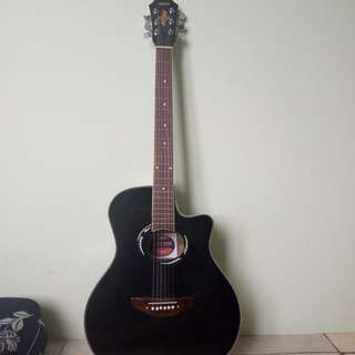 Yamaha APX500 acoustic guitar