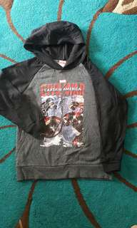 MARVEL HOODED SWEATER