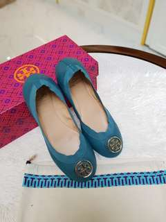 Tory burch caroline flats s7 ❤️BIG SALE P8800 ONLY❤️ In excellent condition With box and dustbag Swipe for detailed pics