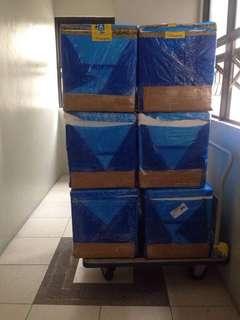 Used styrofoam boxes