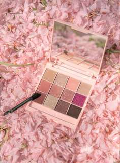 Mamonde Limited Collection Cherry Blossom Eye Shadow Palette