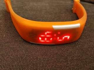 橙色時興款式膠質運動型電子手錶