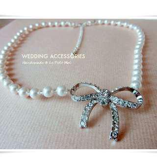 仿珍珠蝴蝶結頸鏈