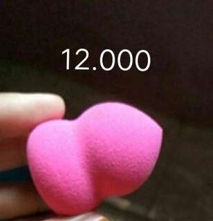 Small beauty blender
