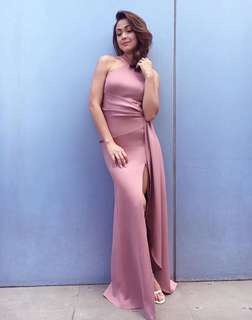 Apartment 8 gown for rent medium mauve