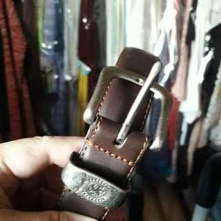 Genuine leather darkbrown belt