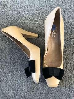 Vintage heels with velvet bow detail