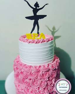 Homemade and Custom made Cakes