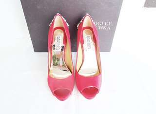 Authentic new badgley mischka heels