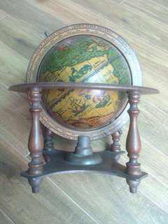 Rent vintage Old or New World Globe Map Travel Photography Production Advertisement shoots