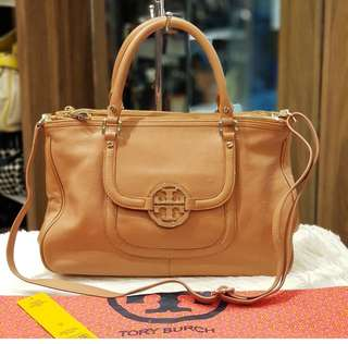 Tory Burch Amanda Double Zip Leather Bag ❤️MARK DOWN SALE P10k ONLY❤️ ✖️✖️P15k✖️✖️ With dustbag and long strap Swipe for detailed pics  With flaws in the handle