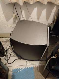 一整組 42吋禾聯液晶電視 ANV6.10吋重低音喇叭