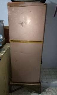 2 dr. Refrigerator