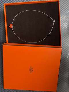 HERMES 經典立體H LOGO簍空方塊項鍊(橙X銀)