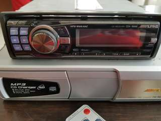 ALPINE CD PLAYER WITH CD CHANGER