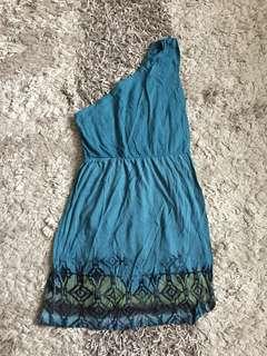 Baju pantai (dress pendek)