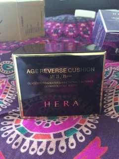 Hera Age Reverse Cushion + refill