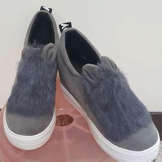 🚚 毛絨增高鞋$199